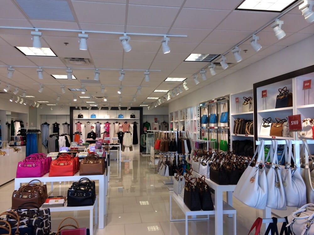 Michael Kors: 8000 Factory Shops Blvd, Jeffersonville, OH