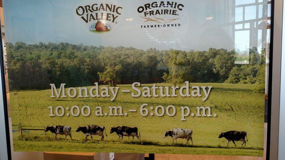 Organic Valley: 310 State Hwy 27, Cashton, WI