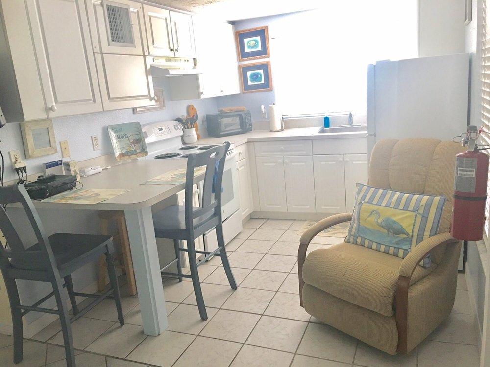Anna Maria Beach Cottages: 112 W Oak St, Anna Maria, FL