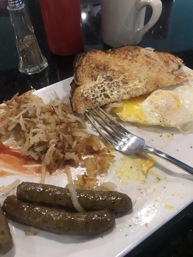 The Village Eatery: 583 Daniel Webster Hwy, Merrimack, NH
