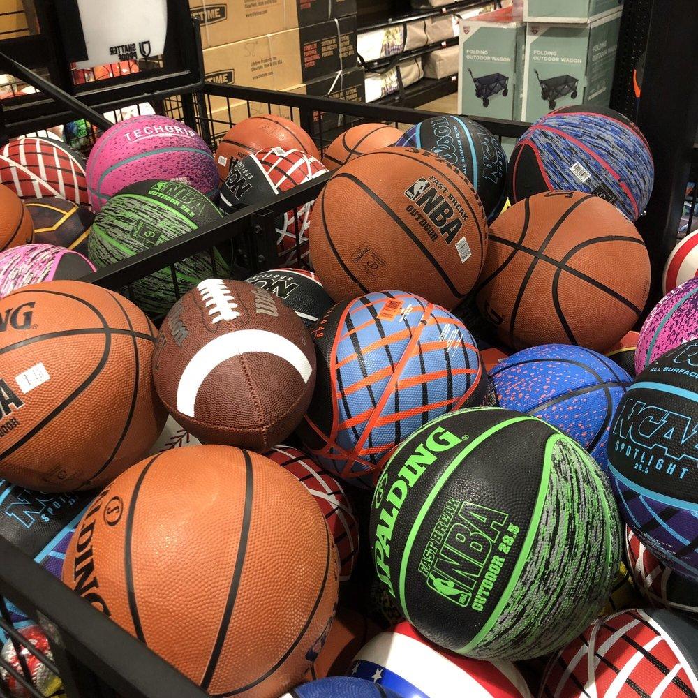 DICK'S Sporting Goods: 2718 Enterprise Dr, Opelika, AL