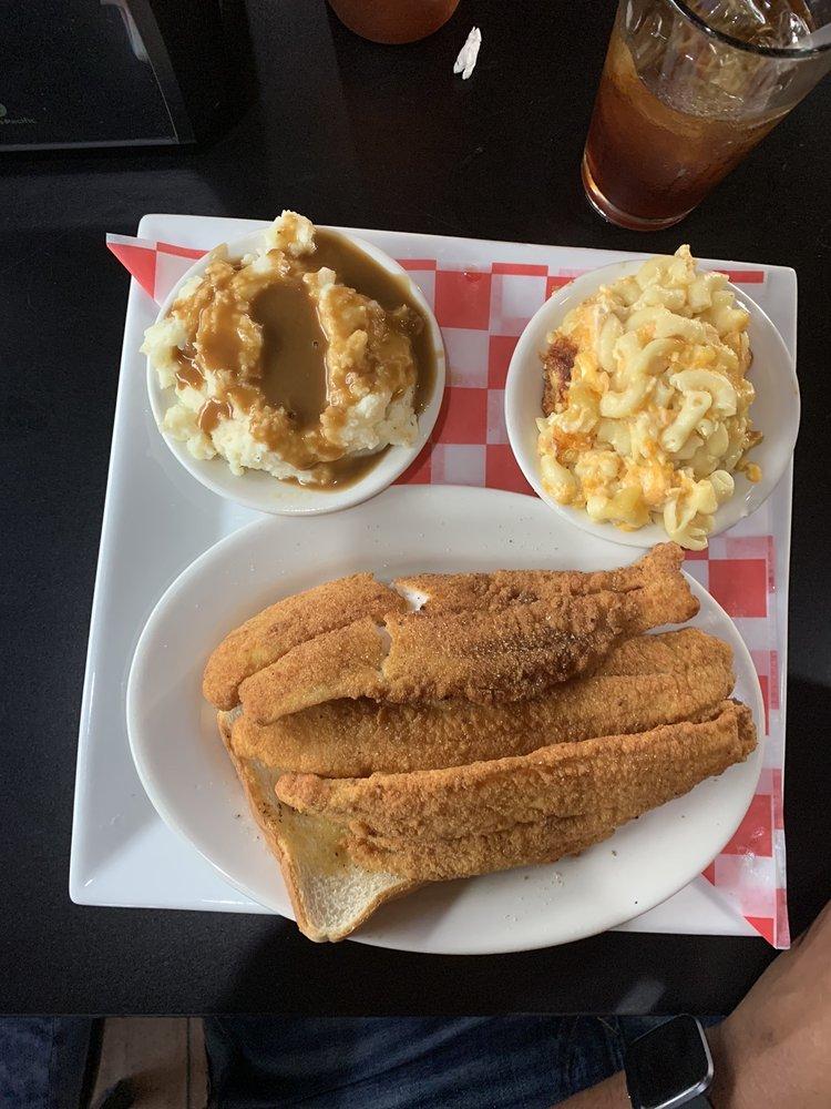 LBJ's Soul Food Fusion at Traditionz Smokehouse: 4810 Jefferson Davis Hwy, Richmond, VA