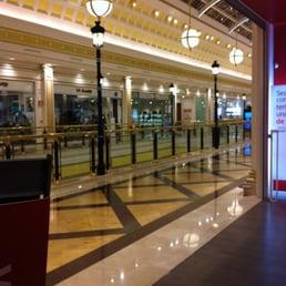 Gran plaza 2 13 avis centre commercial calle de los - Gran plaza majadahonda ...