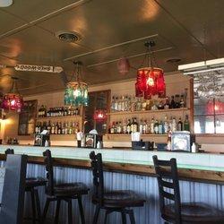 Photo Of Snerz Grill Steam Bar Emerald Isle Nc