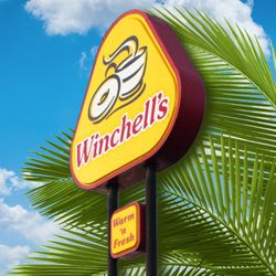 24 Winchell S Donuts