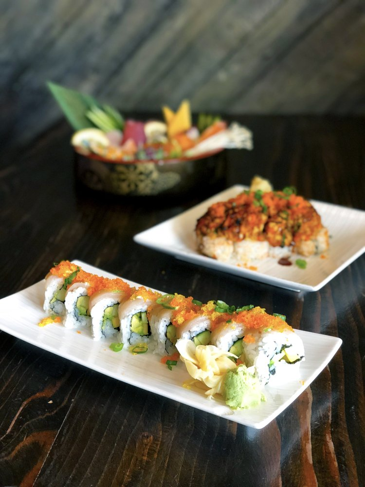 Pacific Sushi & Grill: 613 Chetco Ave, Brookings, OR