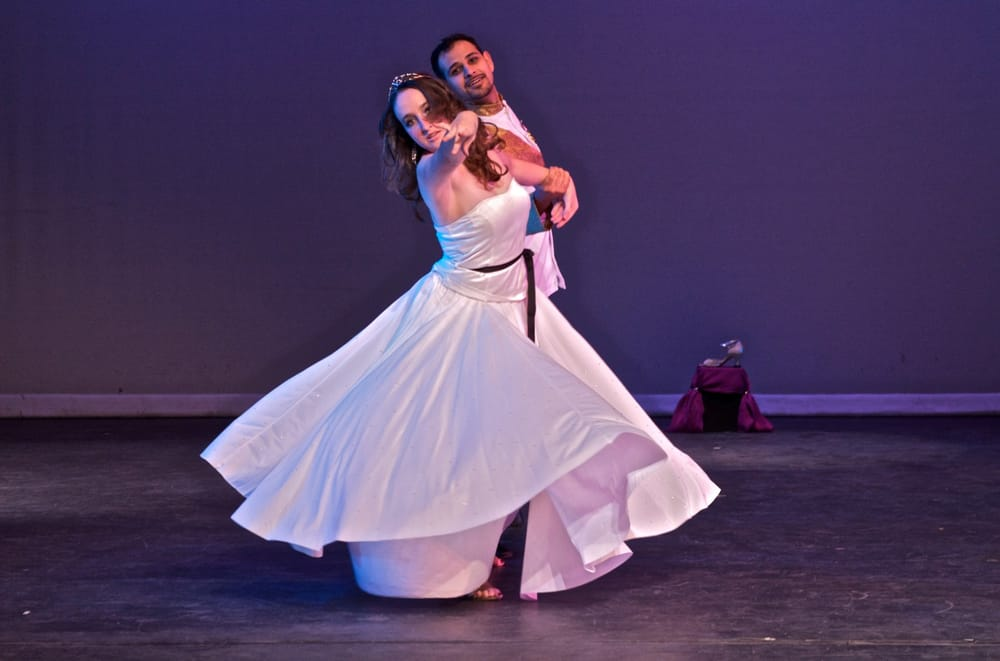 Ballroom & Latin Dance Lessons: Fontana, CA