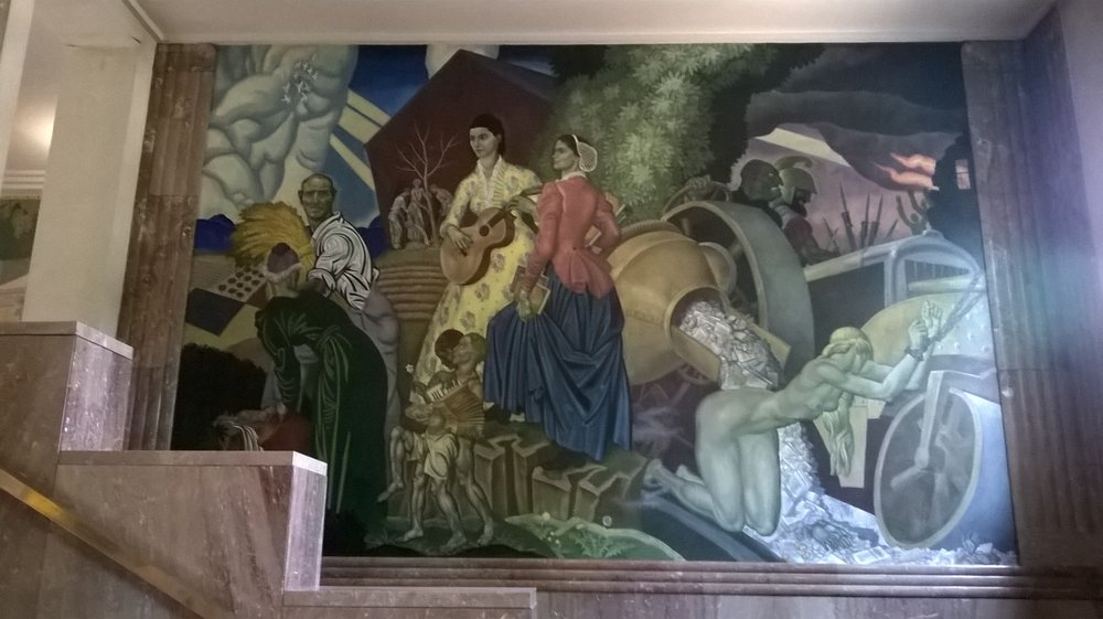 Fountain County Courthouse Murals: 301 4th St, Covington, IN