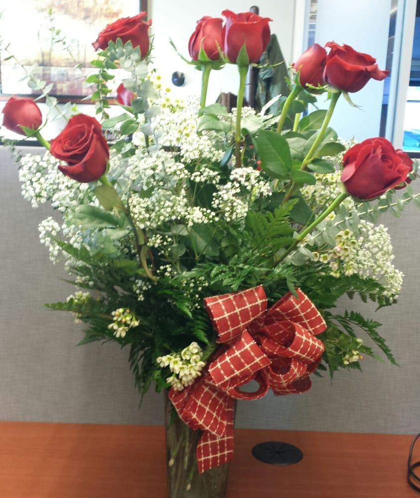 Roselle Flowers 14 Reviews Florists 109 E Main St Roselle Il