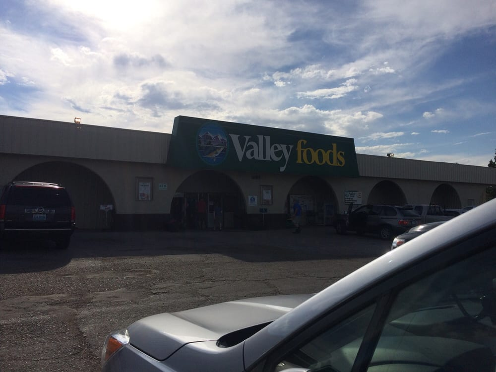 Valley Foods: 1120 1st St, Saratoga, WY