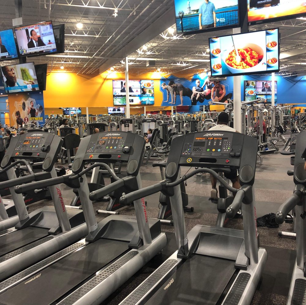 Fitness Connection - Oak Cliff: 2550 W Red Bird Ln, Dallas, TX