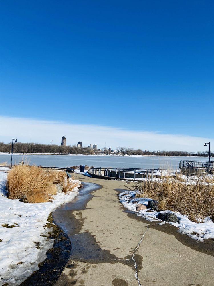 Social Spots from Gray's Lake Park