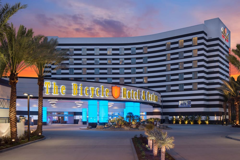 The Bicycle Hotel & Casino: 888 Bicycle Casino Dr, Bell Gardens, CA