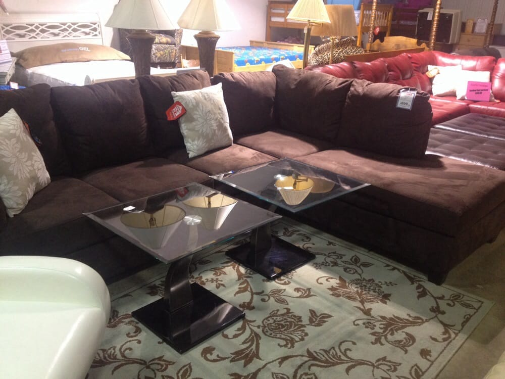 Bahr's Furniture: 6576 Highway 100, Washington, MO