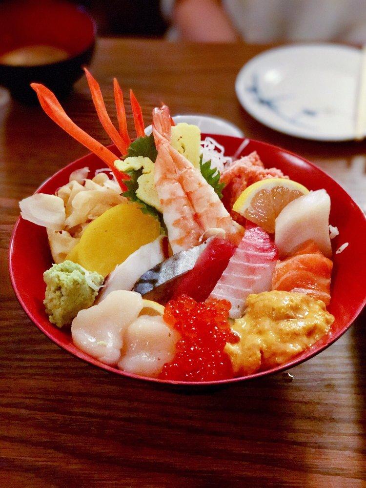Photo of Noshi Sushi - Los Angeles, CA, United States. Chirashi