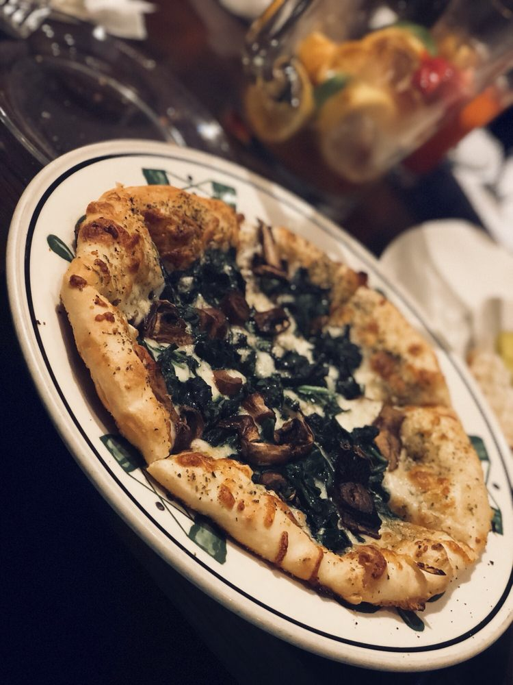 Mama Lucia's Restaurant: 236 Newnan Crossing Bypass, Newnan, GA