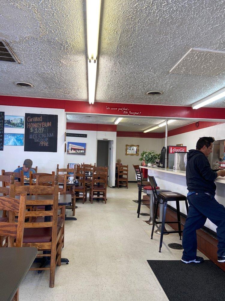 Corner Cafe: 1003 S Cumberland St, Morristown, TN