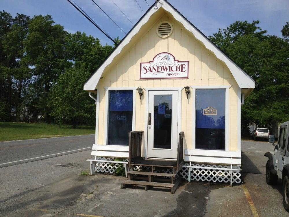 Sandwiche Shoppe: 213 Green St, Vidalia, GA