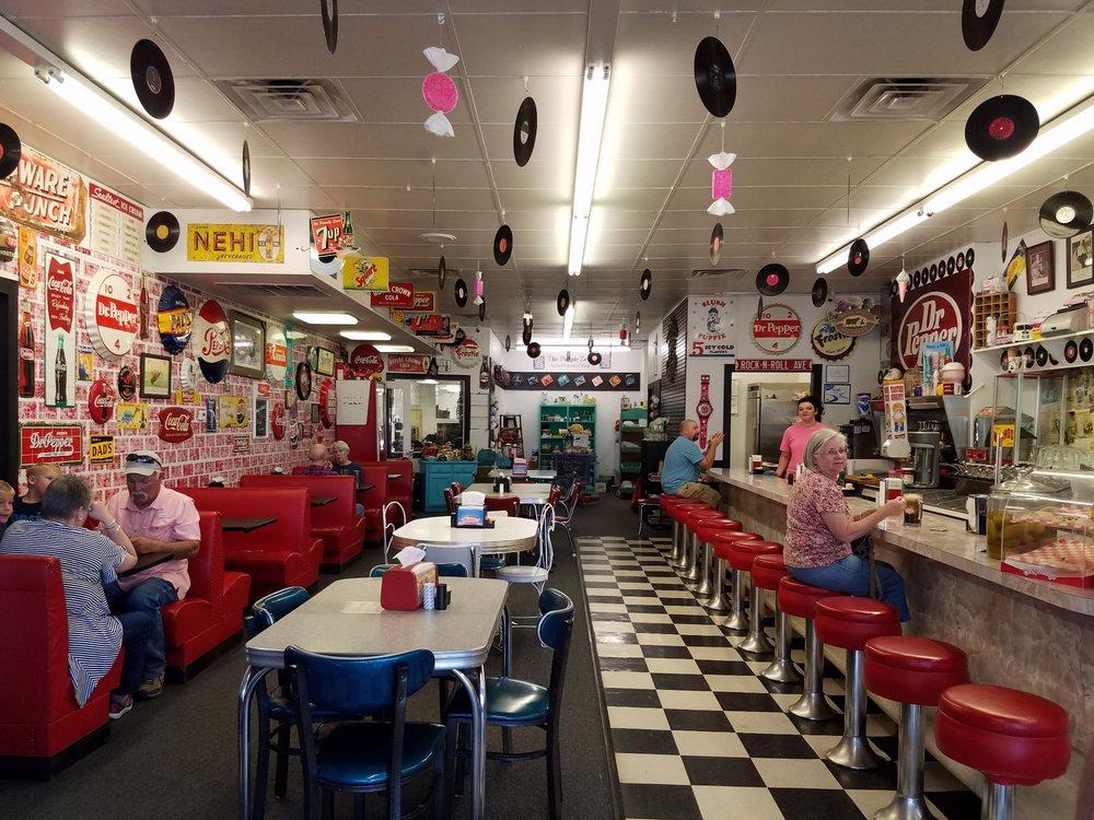 Rockin' Zebra Soda Shoppe: 404 15th St, Canyon, TX