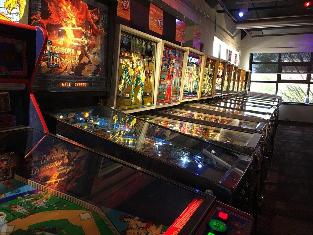 Roanoke Pinball Museum: 1 Market Sq Se, Roanoke, VA