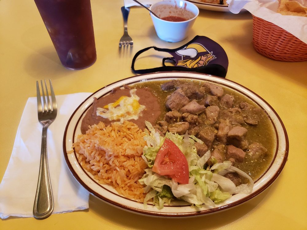 Mario's Traditional Mexican Food: 140 S 15th St, Chowchilla, CA