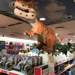 Photo Of Toys R Us
