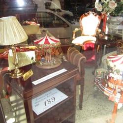 Alarc n tienda de muebles calle feria 147 feria for Muebles alarcon calle trajano
