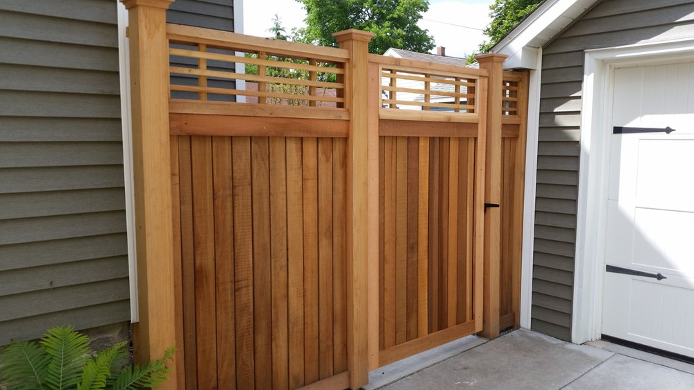 Qual Line Fence: 801 S Division St, Waunakee, WI