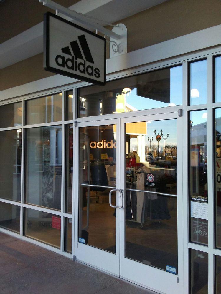 Adidas: 2200 Tanger Blvd, Washington, PA