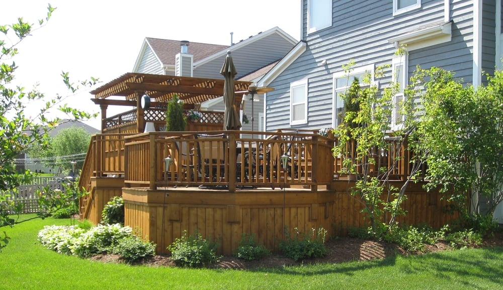 Cedar Deck With Privacy Rail And Pergola Over Hot Tub Yelp
