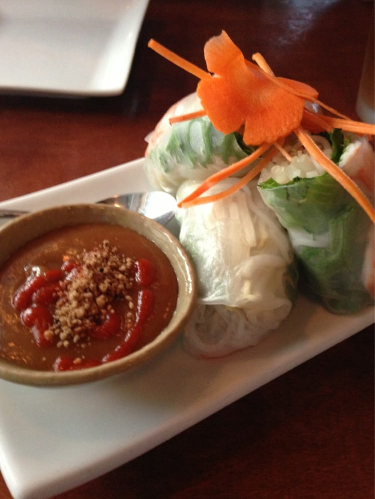 Thai lovers, dry your tears: Coconut Thai replaces Rice Paper in Edina