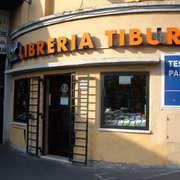 Libreria Capocroce - Buchhandlung - Via Tuscolana, 22, Frascati ...