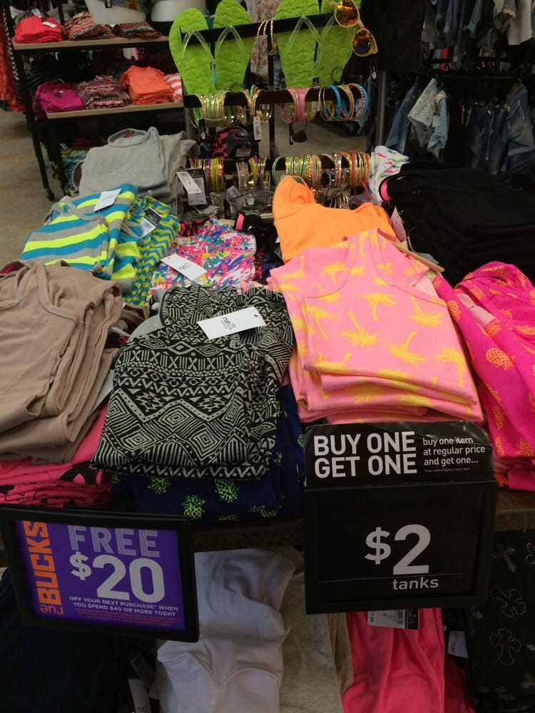 Rue21: 1910 Wells Rd, Orange Park, FL