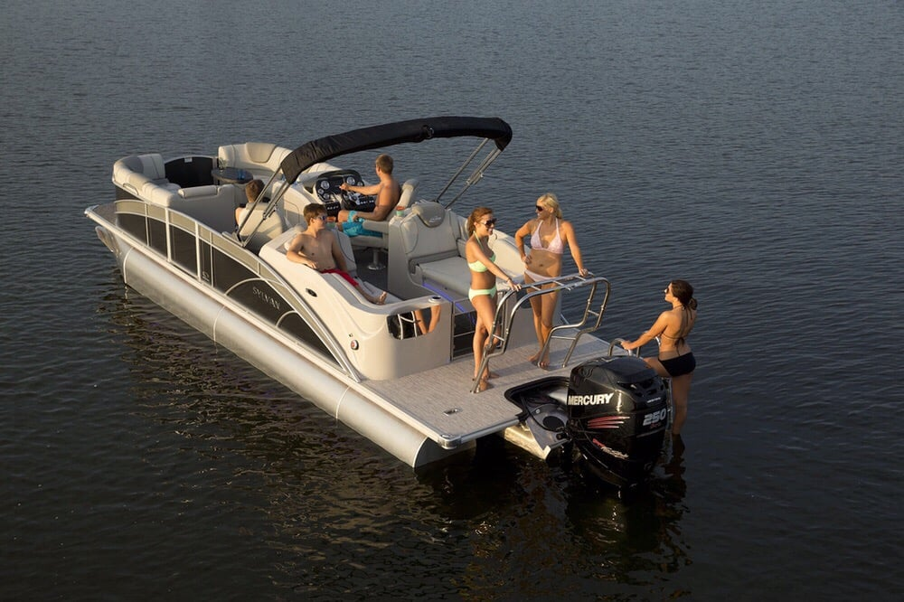 Titan Watercraft Rental: 38 Bayview Dr, lakeside, MT