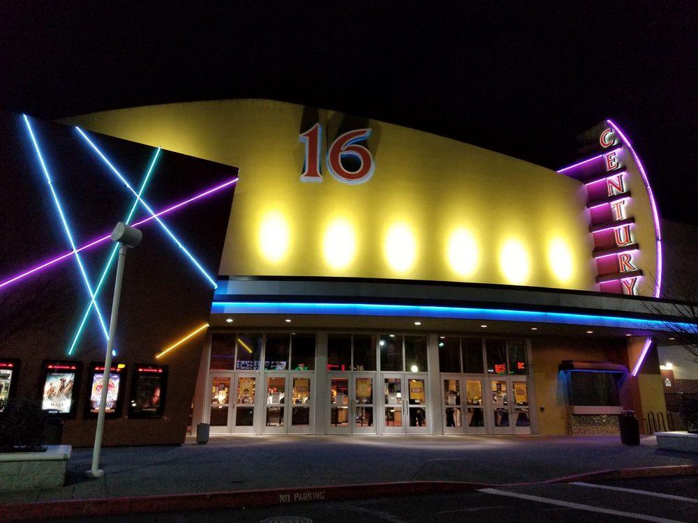 Century 16 Eastport Plaza: 4040 SE 82nd Ave, Portland, OR