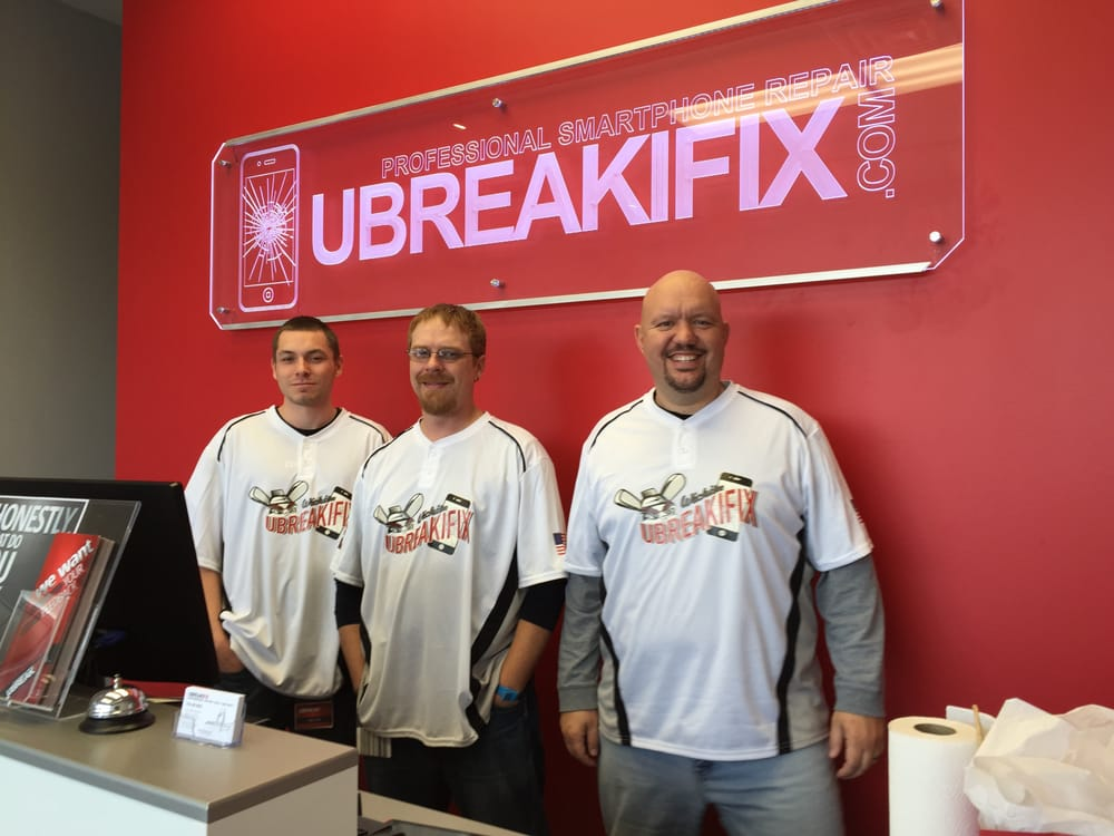uBreakiFix West: 2441 North Maize Rd, Wichita, KS