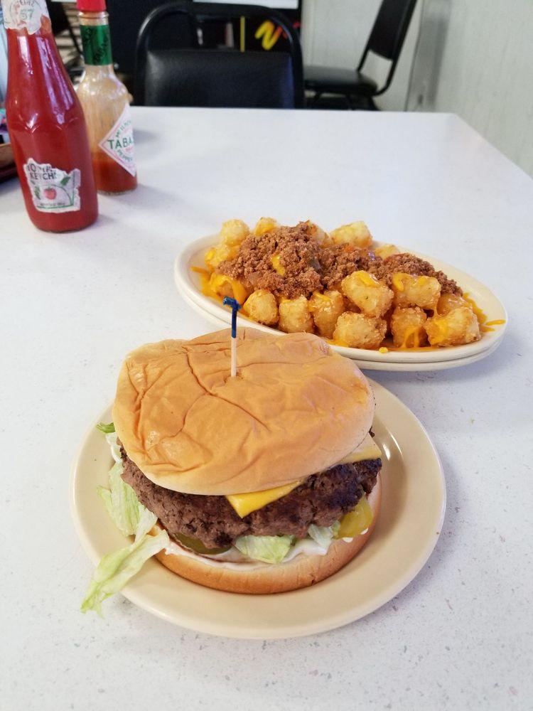 Atoka Truck Stop Restaurant: 1809 S Mississippi Ave, Atoka, OK