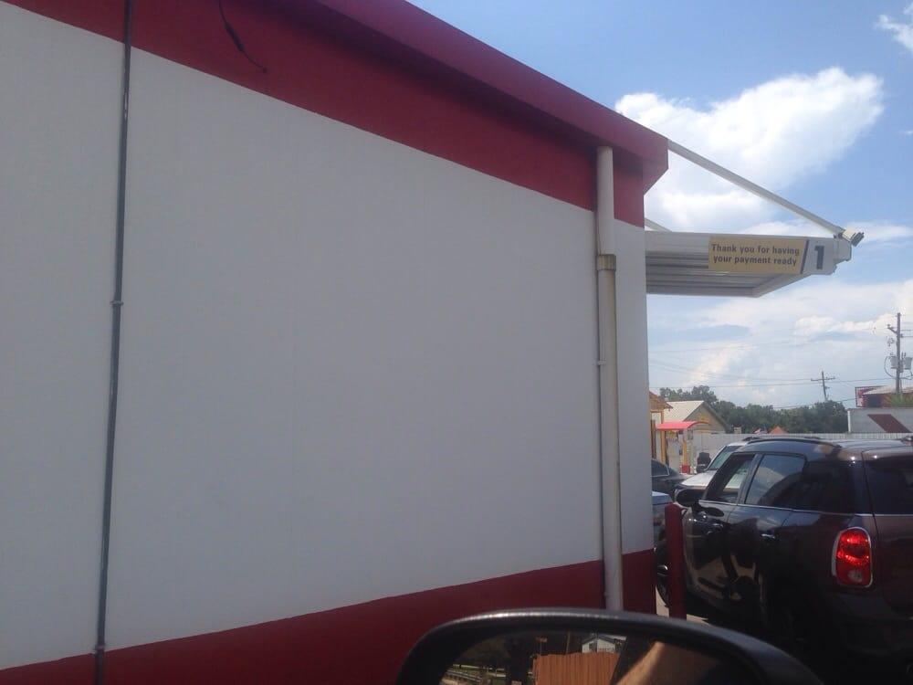 McDonald's: 12724 Hwy 90 W, Port Allen, LA