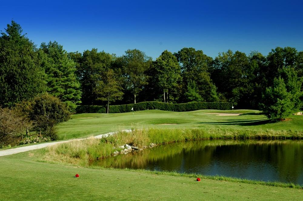 Oakville Executive Golf Courses: 4414 Fourth Line, Oakville, ON