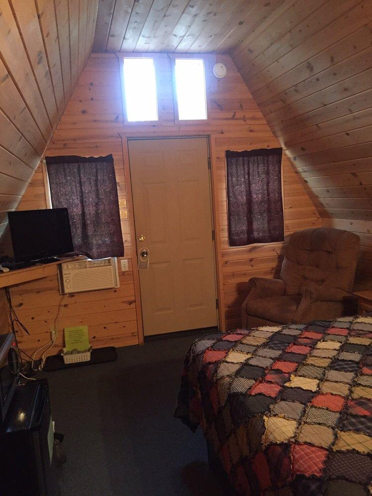 The Hulett Motel, LLC: 202 Main, Hulett, WY