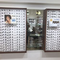 8d7dfd35af38 Nationwide Vision Centers - 19 Reviews - Optometrists - 2501 W Happy ...