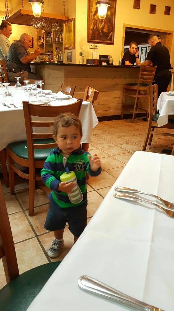 Baby Moon Restaurant Westhampton Ny