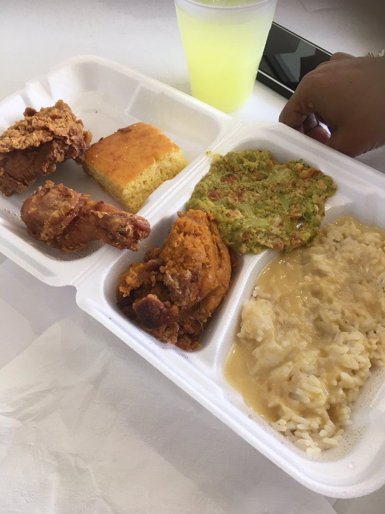 Cindy's Drive Thru & Catering: 1667 S Poplar St, Elizabethtown, NC