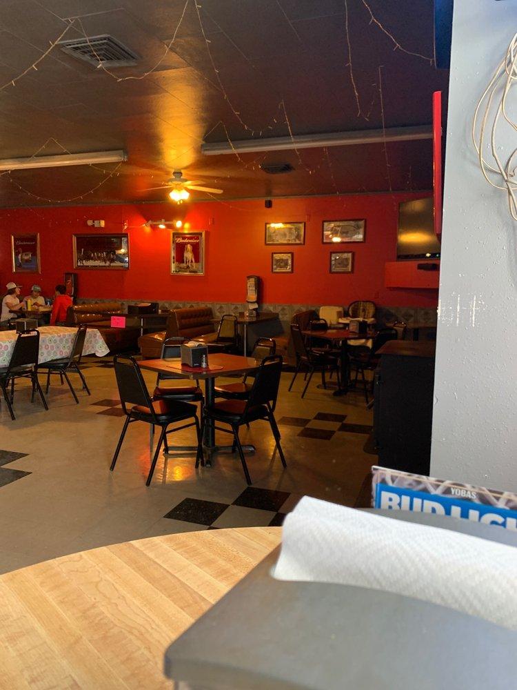 Yoba's Tavern: 136 S Main St, Rushville, NE