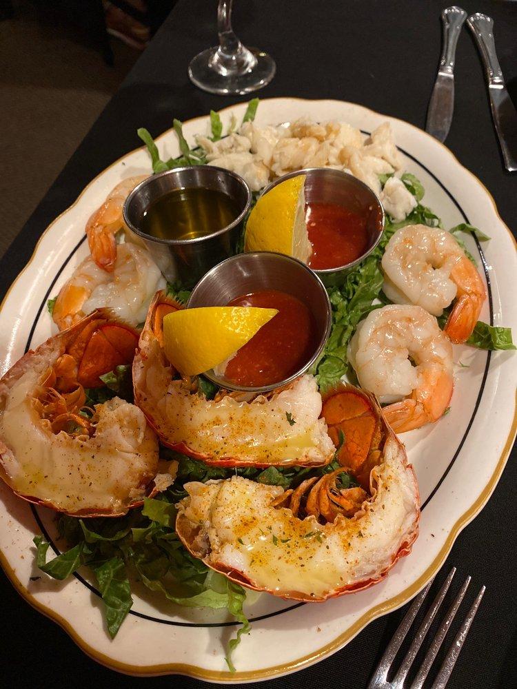 Library Restaurant: 6613 N Kings Hwy, Myrtle Beach, SC