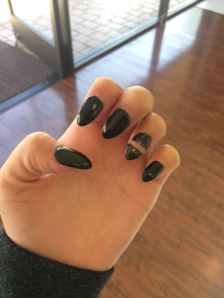 Great service all staff here are friendly and nice and for A perfect 10 nail salon