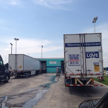 Photo Of Blue Beacon Truck Wash Dallas Tx United States Line To