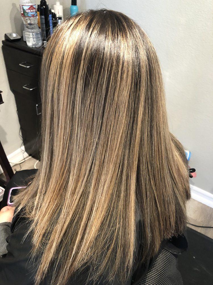 Catalina Hair & Nail Salon: 205 Crescent St, Avalon, CA