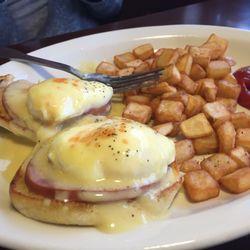 Photo Of Village Inn Altoona Ia United States Eggs Benedict Is Good