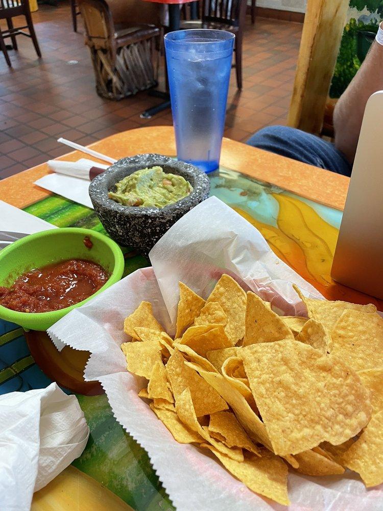 Tequila Mexican Restaurant & Bar: 613 Flindt Dr, Storm Lake, IA